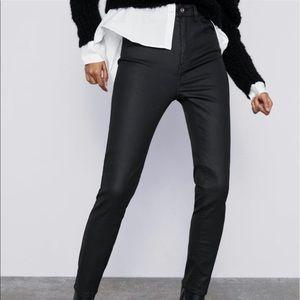 Zara Women Coated Skinny Pants Size 4 24X34